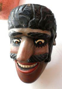 Máscara negro alegre